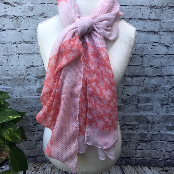 Accessories - White and coral scarf